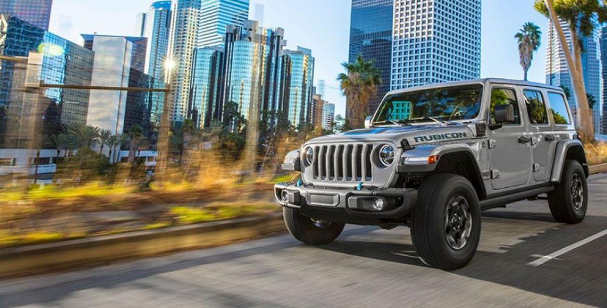 Neuer Jeep® Wrangler 4xe erweitert elektrifizierte Modellpalette von Jeep