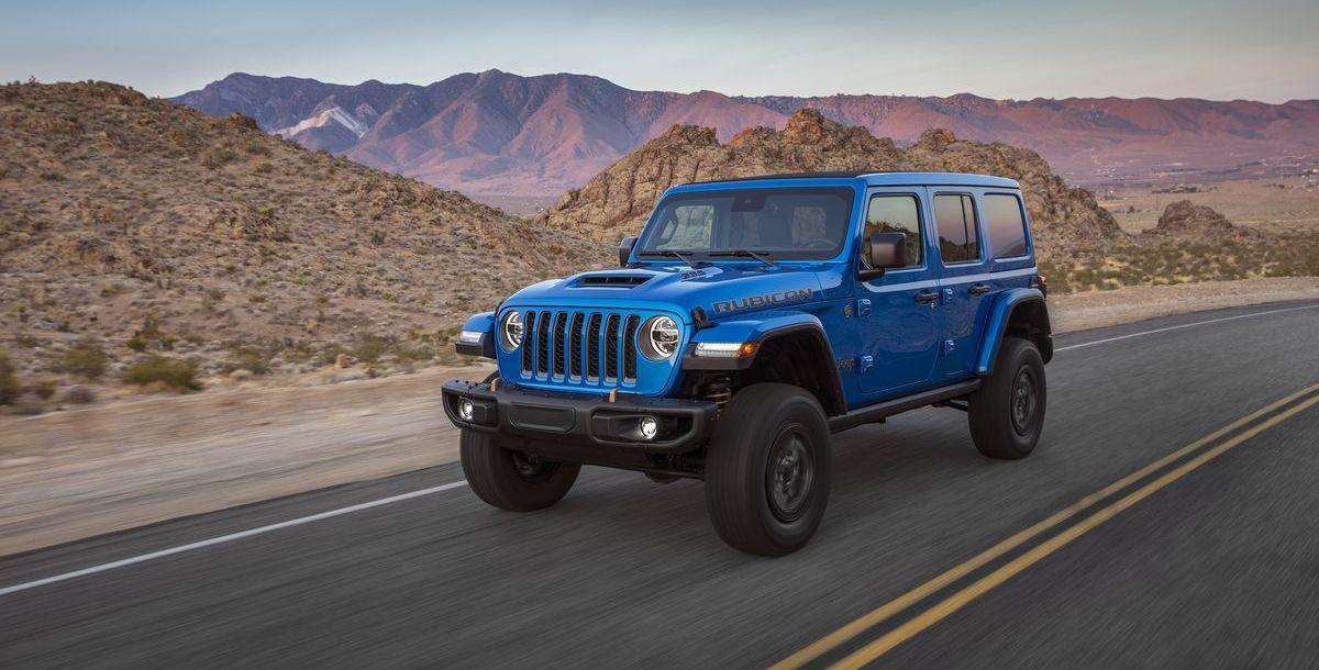 4x4x470! Die Kombination aus legendären 4×4 Eigenschaften und V8-Motor macht den neuen Jeep® Wrangler Rubicon 392 zum fähigsten aller Wrangler